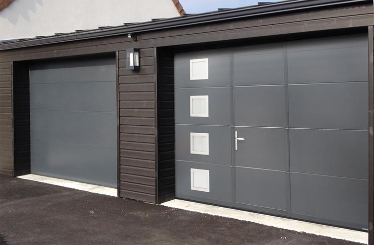 Porte de Garage Lisse avec portillon