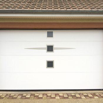 Portes de garage Sans rainure ellipso hublot carre blanche