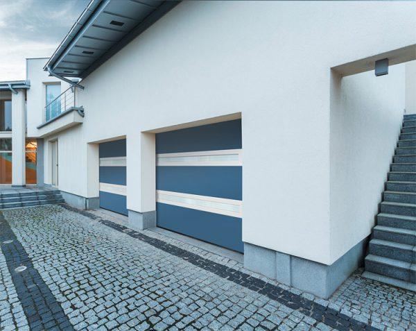 Porte de garage Visio-panoramique bi-couleur bleu-blanc la-toulousaine